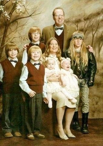 awkward-family-6.jpg